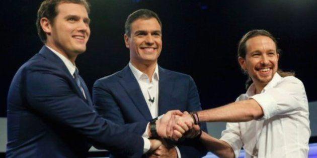 El PSOE no ve posible gobernar con Podemos y Ciudadanos porque se