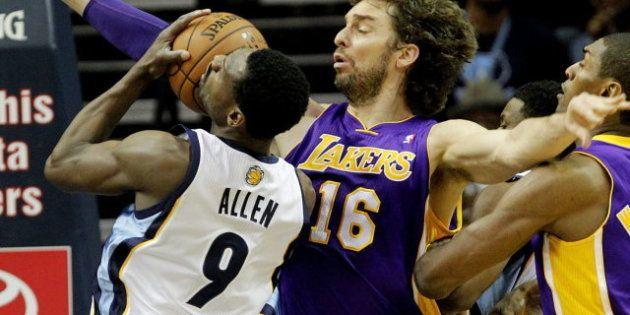 Mike D'Antoni, entrenador de los Lakers, contra Pau Gasol: