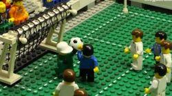 'La mano de dios' de Maradona, versión Lego