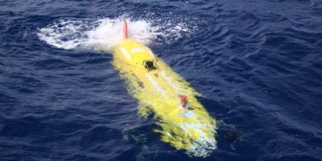 Avión de Malasia: Un minisubmarino no tripulado podría buscar los