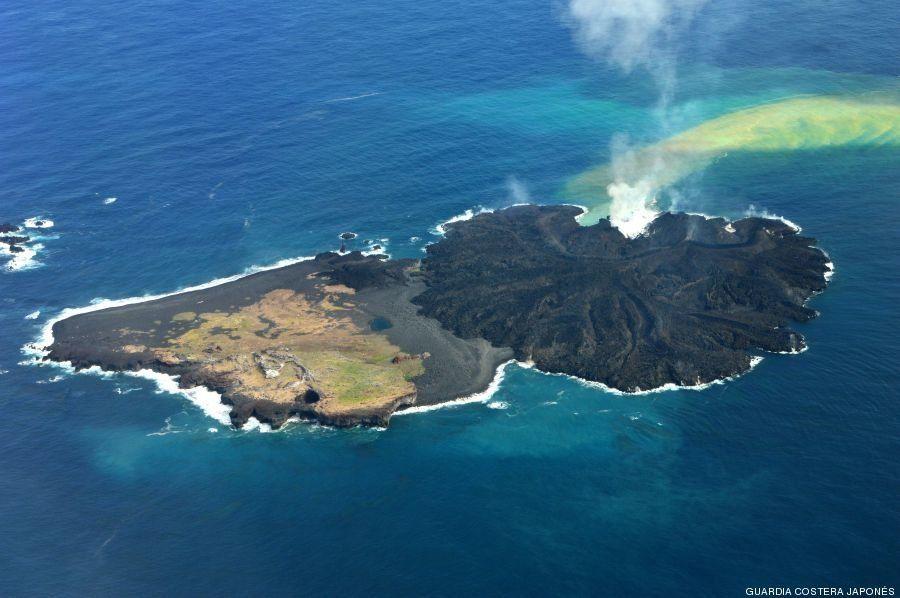 Nishinoshima, una isla japonesa, multiplica por cinco su tamaño tras una erupción volcánica