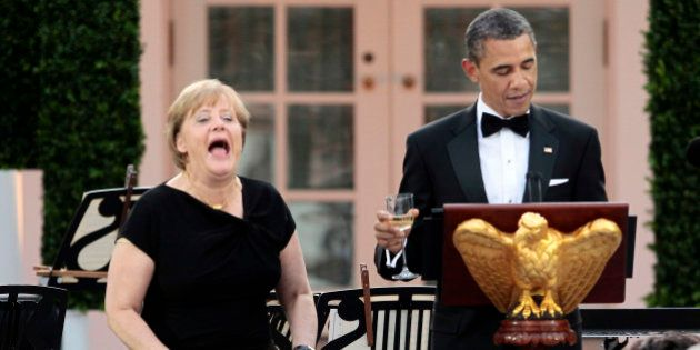 Obama ordenó espiar a Merkel en 2010 para saber