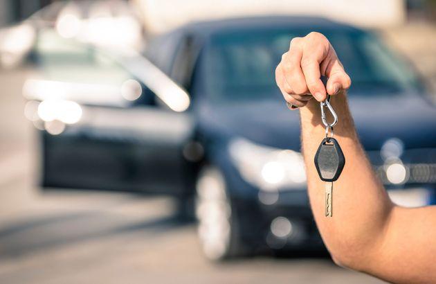 ¿Vas a comprarte un coche? Consúltalo con las