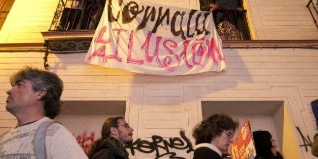 Detenida una reportera de La Sexta tras grabar una carga policial en una concentración contra los