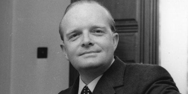 Subastarán las cenizas de Truman Capote en Los