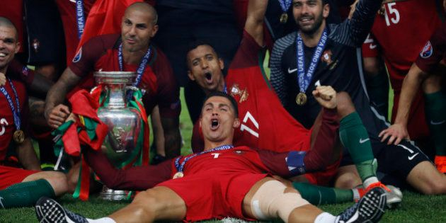 Así levantó Cristiano la primera Eurocopa de