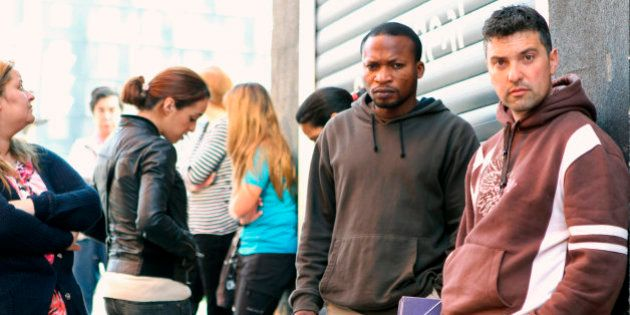 Casi medio millón de personas no buscan empleo por desánimo, un 21% más que en