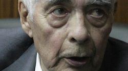 Un general argentino de 89 años, condenado a cadena perpetua por la