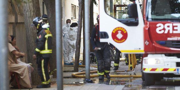 Mueren dos niños en el incendio de un edificio en