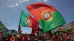 Banderas ondeando el cielo de Lisboa entre otras fotos del