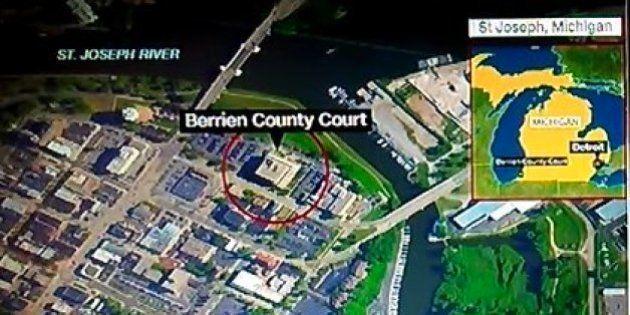 Tres muertos en un tiroteo en Michigan
