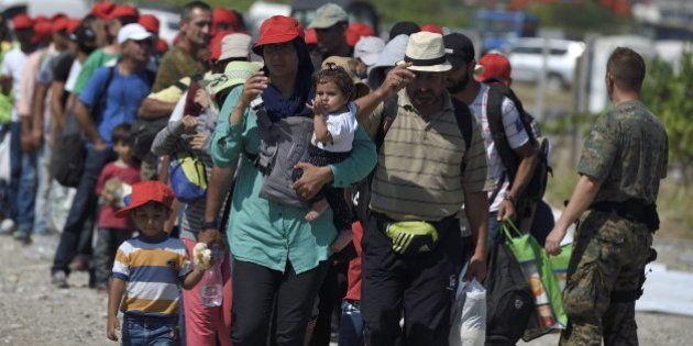 Récord de entrada de inmigrantes en Hungría: más de 2.000 en una