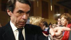 Margallo acusa a Aznar de no ayudar a los populares que