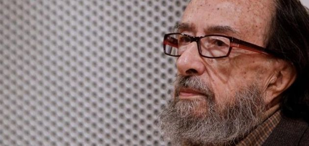 Juan Eduardo Zúñiga gana el Nacional de las Letras Españolas, estas son las claves de su