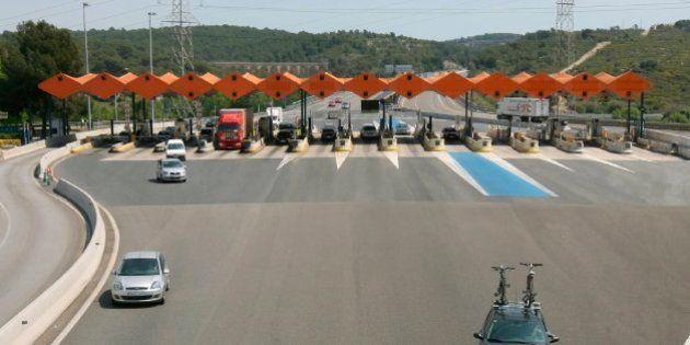 El Gobierno plantea rescatar las autopistas tras una quita del 50% a la