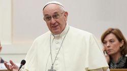 El papa Francisco asegura que no hay grandes políticos capaces de luchar por un