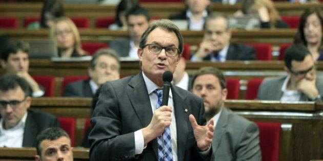Artur Mas continúa con la consulta: