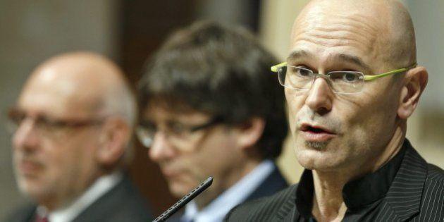 El Constitucional suspende la Consejería de Exteriores
