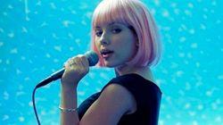 20 razones de peso para ir al karaoke (porque cantar es bueno para la