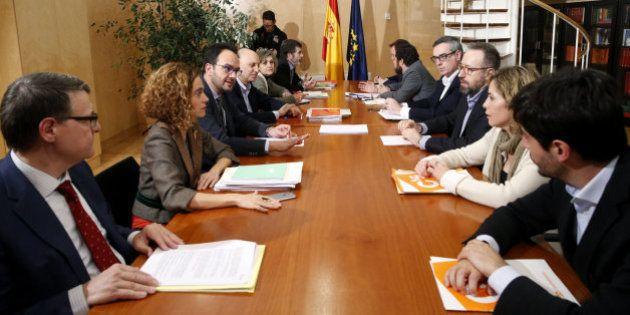 El PSOE espera un pacto antes del martes y Ciudadanos no contempla votar