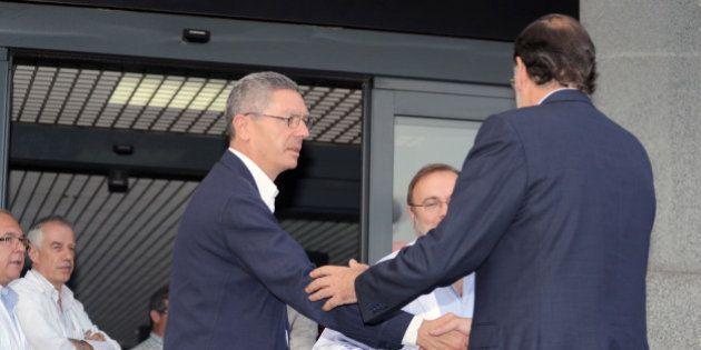 Rajoy hunde a Gallardón... y se va a