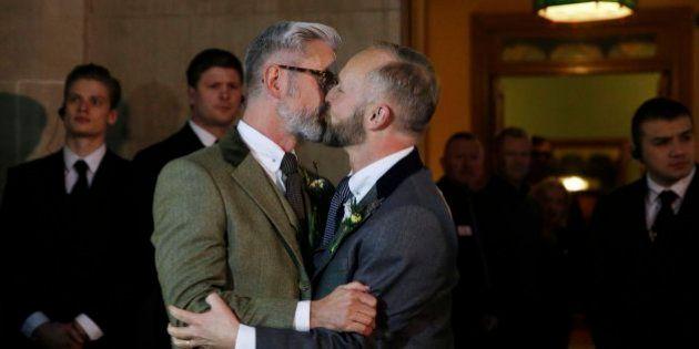 Primeras bodas entre homosexuales en Inglaterra y Gales