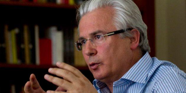 Baltasar Garzón y otras personalidades se ofrecen al PSOE para