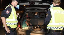 Austria descubre 200 refugiados ocultos en una operación de control