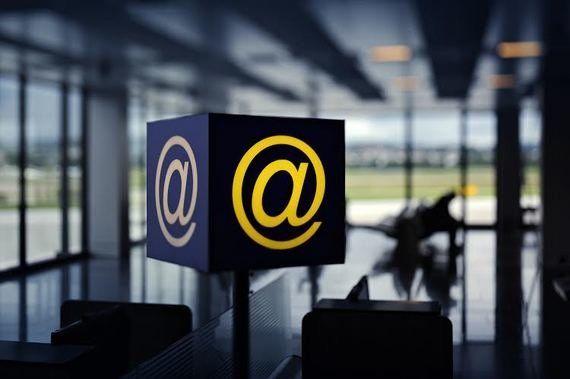 El wifi de los aeropuertos españoles, de los más caros de