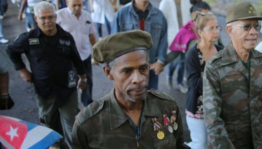 Cuba rinde honores a Fidel