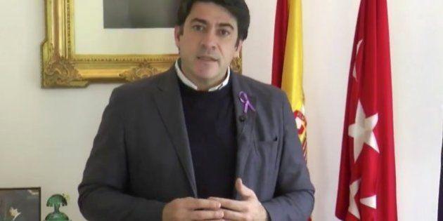 El alcalde de Alcorcón provoca una tormenta política con sus declaraciones