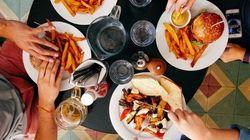 Cómo comerte el mundo este verano: las diez normas más raras para sentarse a la