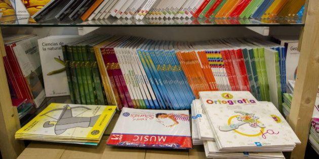 Las familias valencianas recibirán hasta 200 euros para libros de