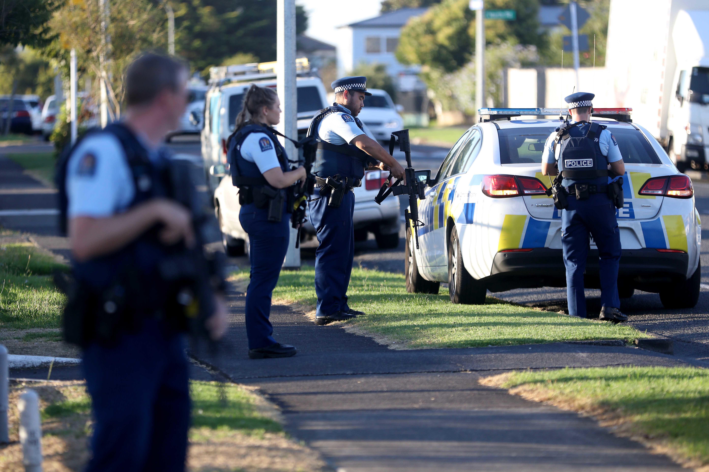 ニュージーランドのモスクで銃乱射事件 死傷者30人以上か