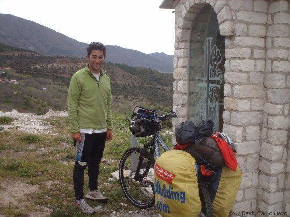De Carabanchel a Pekín sobre dos ruedas... y sin billete de