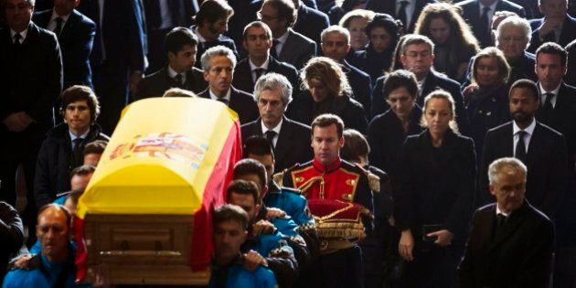 La lista de asistentes al funeral de Estado por Adolfo