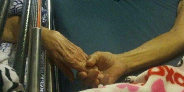 Mueren casi al mismo tiempo, tomados de la mano, tras 58 años
