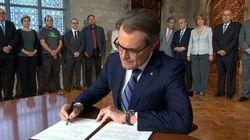 Mas firma el decreto de convocatoria de la consulta