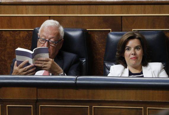 Margallo, enfrascado en 'A sangre y fuego' durante la constitución del