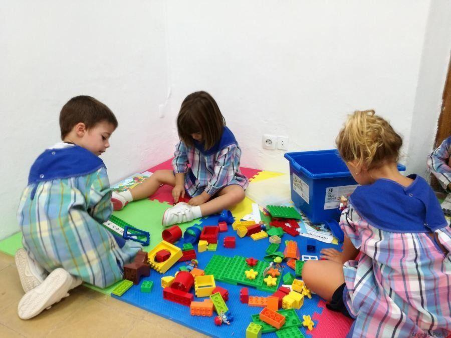 Calabaza, huerto, lego. El modelo único de la escuela