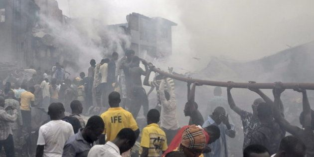 Accidente de avión en Nigeria: mueren las 147 personas que viajaban en el avión siniestrado en