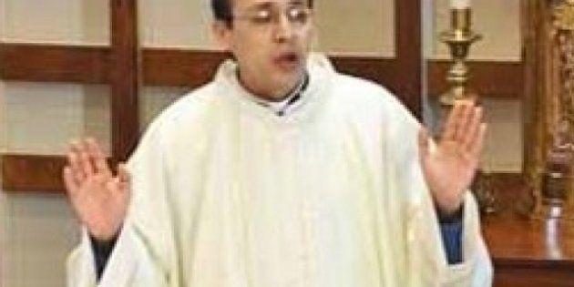 Detenido un sacerdote que perseguía a un menor por la calle y en ropa