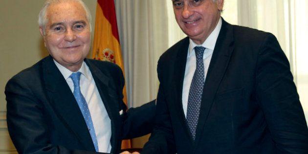 El PP y CiU impiden que Carlos Dívar explique en el Congreso sus viajes a Marbella con dinero