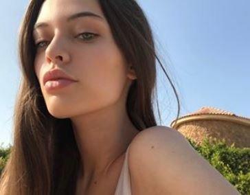 Νεκρή βρέθηκε η μικρή αδερφή του τραγουδιστή των One