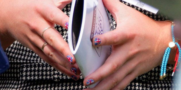 Decoración de uñas: lo último, las banderas patrióticas estilo