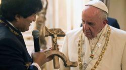 Al papa no le gustó el crucifijo de Evo Morales: esta fue su respuesta