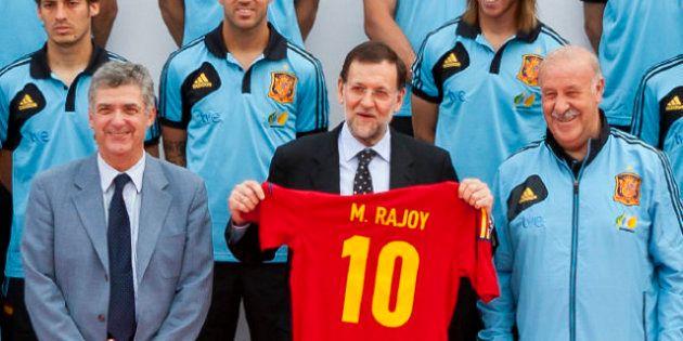 Mariano Rajoy mantiene su viaje de mañana a Polonia para ver el partido