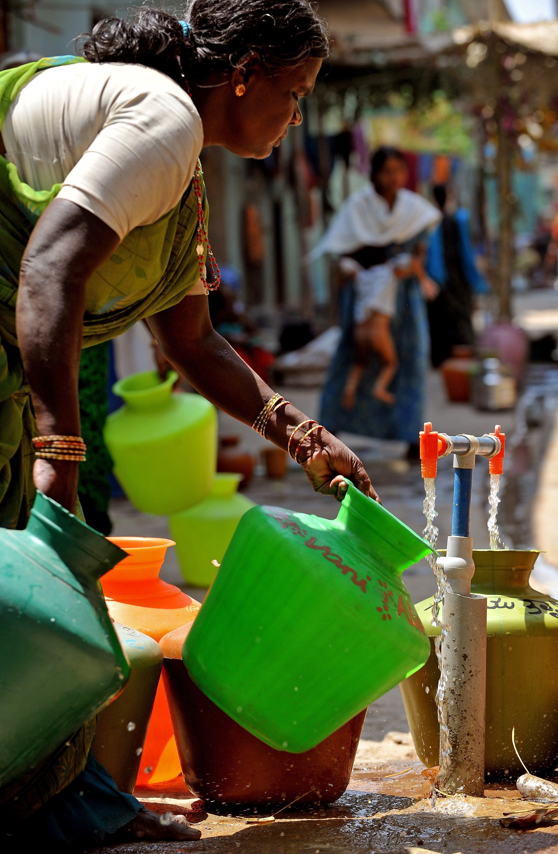 Bengaluru Is Facing A Terrible Water Crisis, And Only Tanker Mafias Are