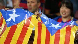 Con esteladas. Así responde el Camp Nou a las multas por enseñarlas