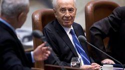 Simón Peres, en coma inducido tras sufrir una hemorragia